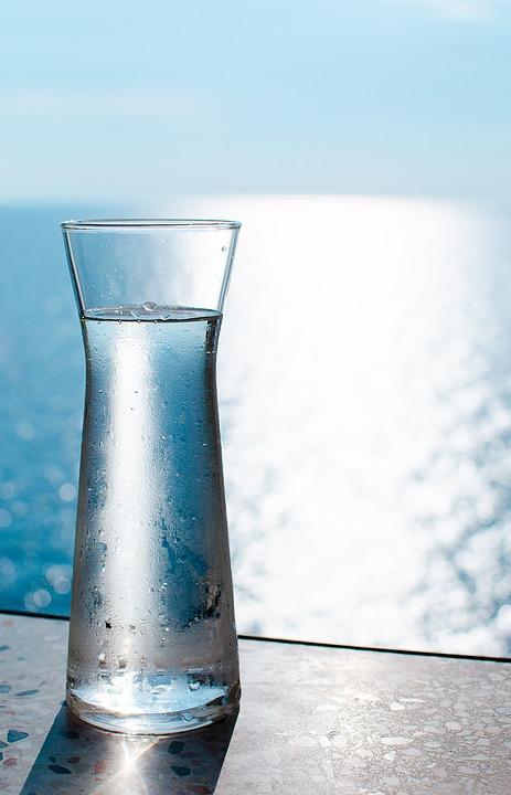 pahar apa filtrata